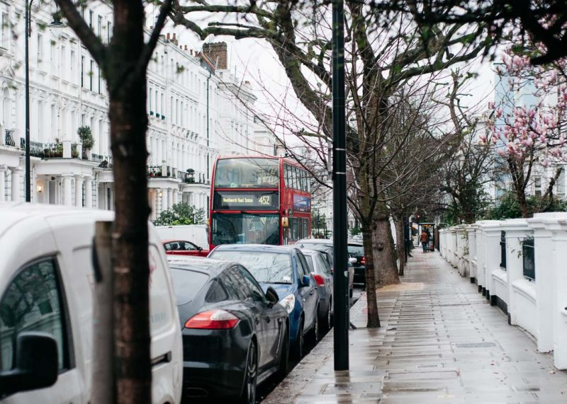 Nottinghill London red bus
